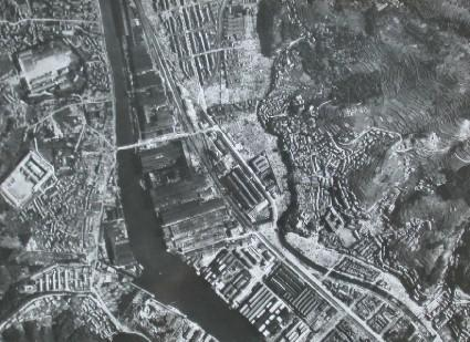 Mitsubishi Nagasaki Steel Works and environs seen from the sky over Kyushu Haiden Takenokubo Transformer (Before the atomic bombing)